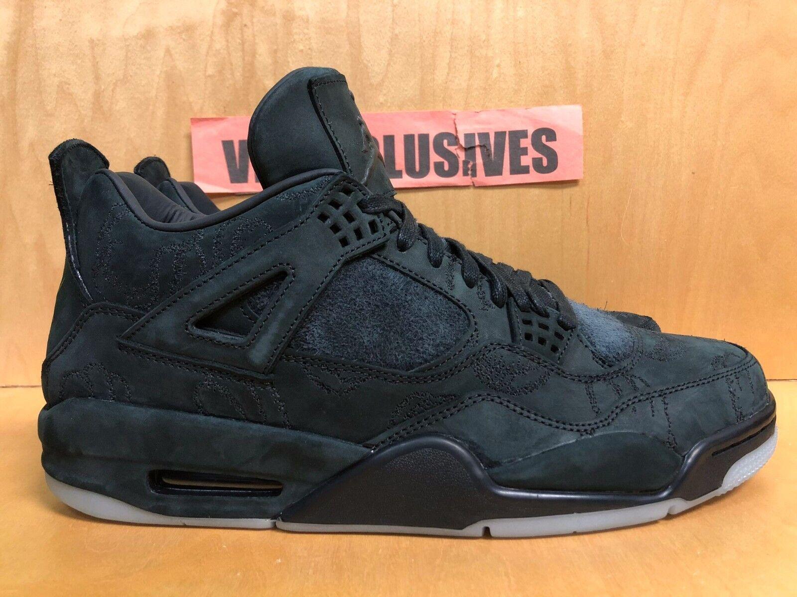 Nike Air Jordan IV Retro 4 x Kaws Black Clear Glow 930155-001 Size 11