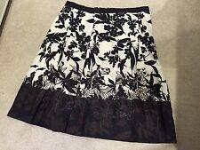 Ann Taylor Skirt. 100% Linen - UK 14