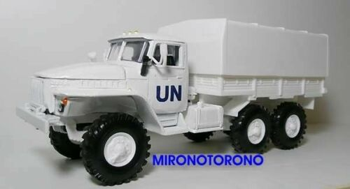 URAL-4320 UN Mission camouflage 6X6 military truck 1:43 diecast scale model