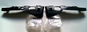 FOCUS-FRONT-BUMPER-CORNER-MOUNTING-BRACKETS-PAIR-BRAND-NEW
