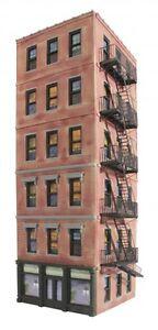 Ameri-towne # 942 O-Gauge Midtown Hotel 6-Story Building Kit