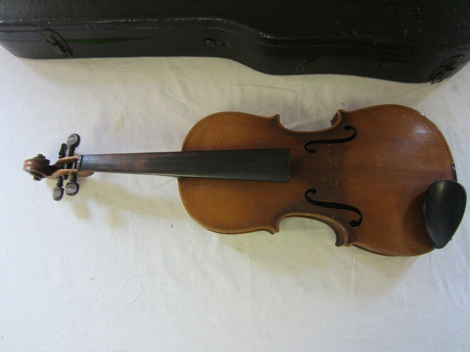 Eine ältere 4 4 Geige  mit Koffer Nr 2522