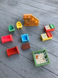 LITTLE-PEOPLE-VINTAGE-BABY-DOLLHOUSE-FURNITURE-LOT-HIGHCHAIR-CRADLE-FISHER-PRICE