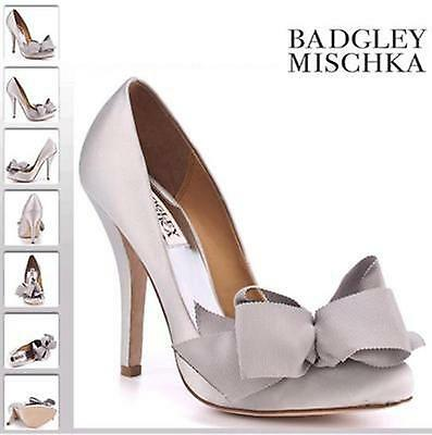 NIB Badgley Mischka Karlisle silver wedding bridal formal pump heels shoes  5,5