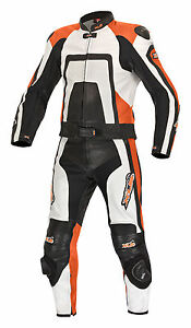 Neue-hochwertige-Lederkombi-Kurzgroesse-zweiteilig-schwarz-orange-Leather-Suit