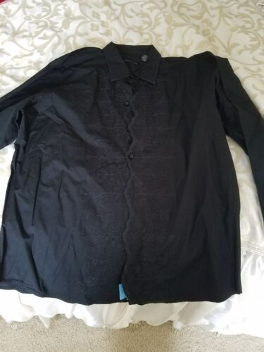 VINTAGE KENNETH COLE XL DRESS SHIRT with pattern center