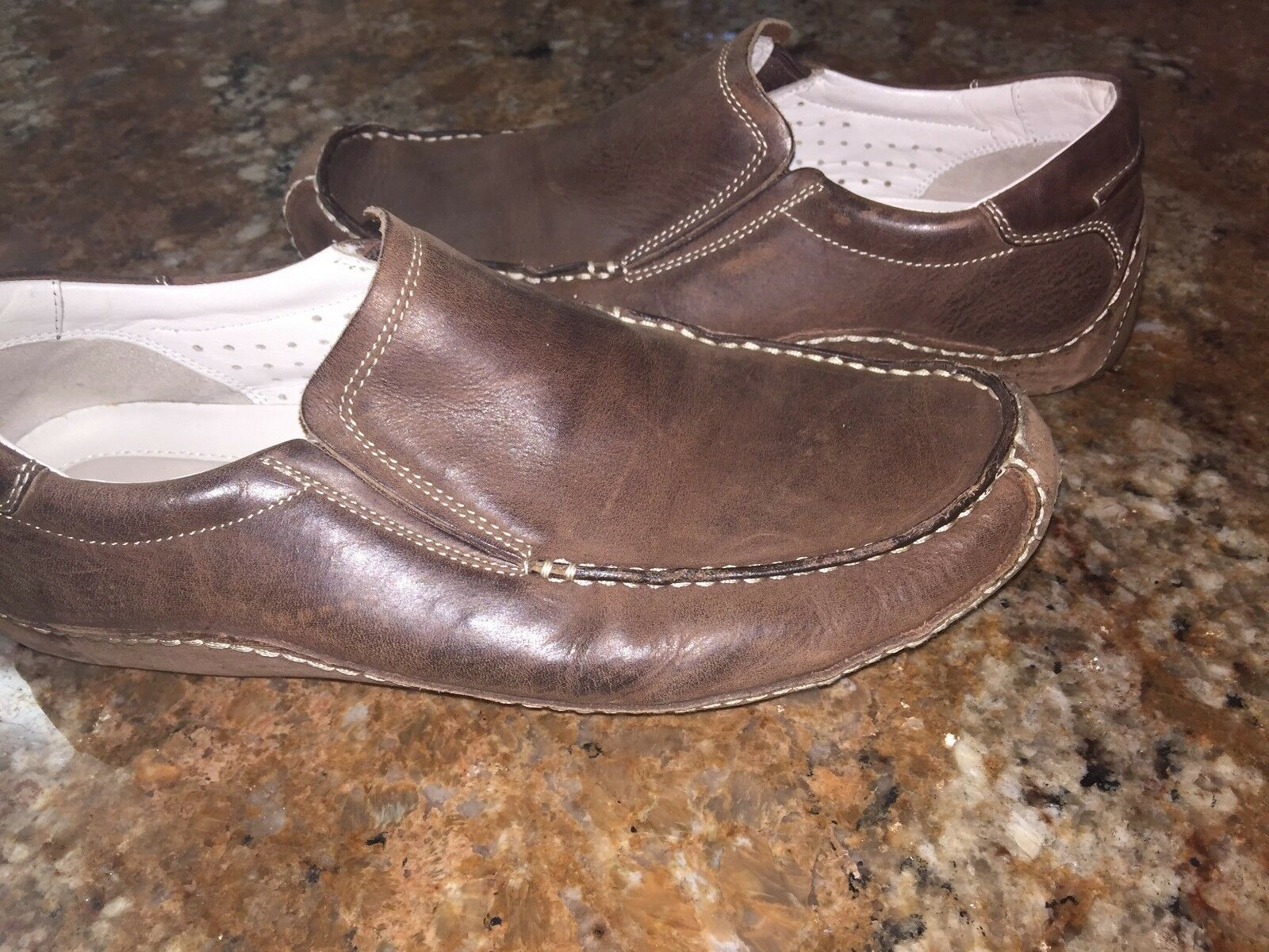 COLE HAAN MENS US Size 10 M BROWN LEATHER SLIP ON DRIVING MOCCASINS