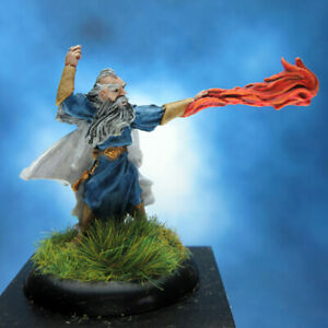 Painted-RAFM-Miniatures-Mage-casting-spell