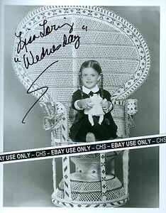 """Entertainment Memorabilia Sweet-Tempered Lisa Loring Nice Signed B&w 8x10 Photo """"the Addams Family"""" """"as The World Turns"""" For Improving Blood Circulation"""