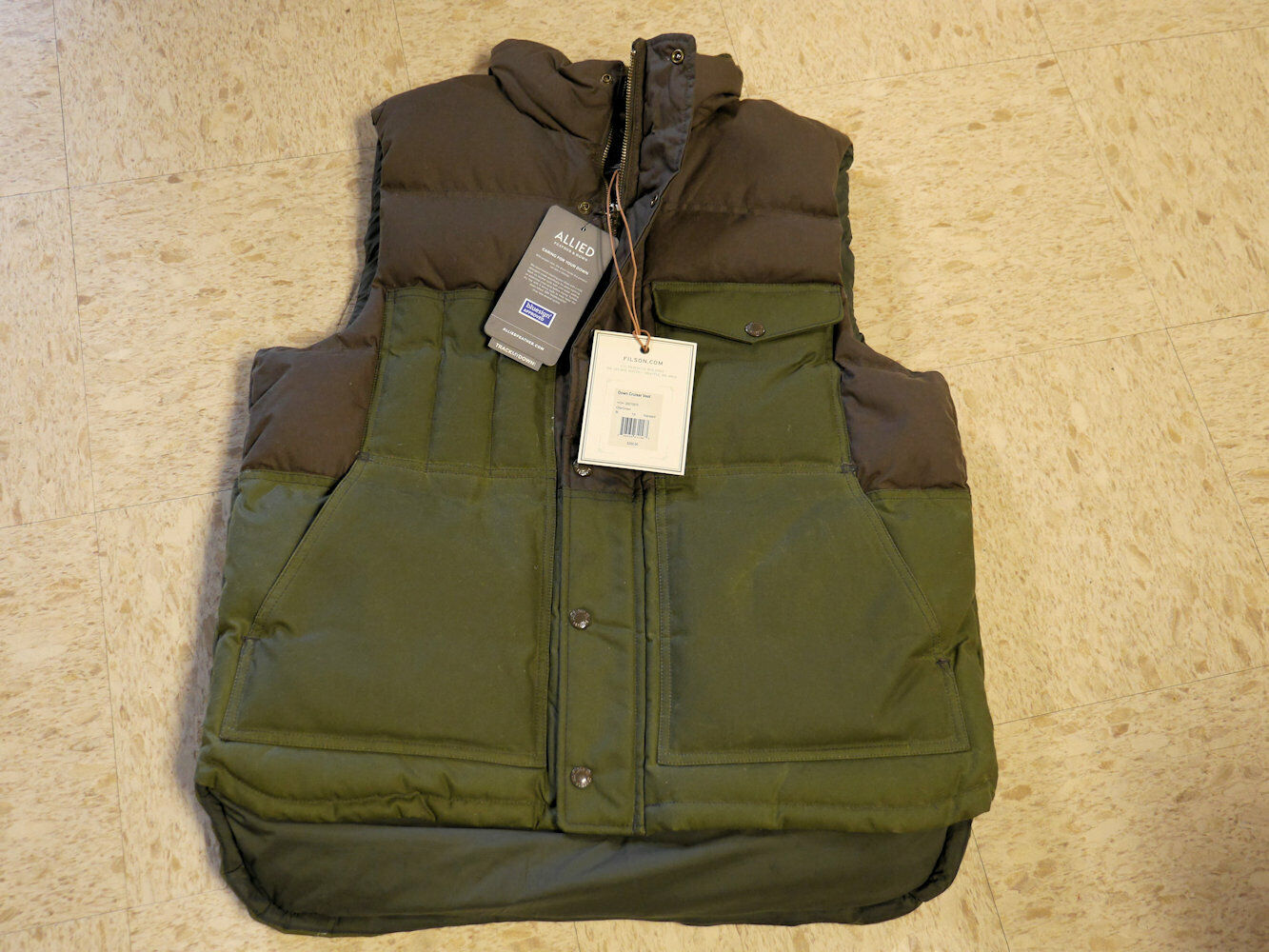 Filson  Down Cruiser Vest Medium (Otter Green Brown)  fast delivery