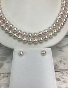 Akoya Pearls.8mm. 14k GoldJapanese Round And Clean And very High Luster.Earring
