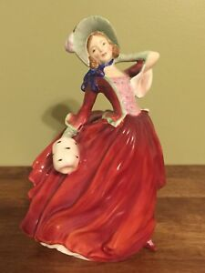 Royal-Doulton-HN-1934-034-Autumn-Breezes-034-Lady-Figurine-Hand-painted-Bone-China