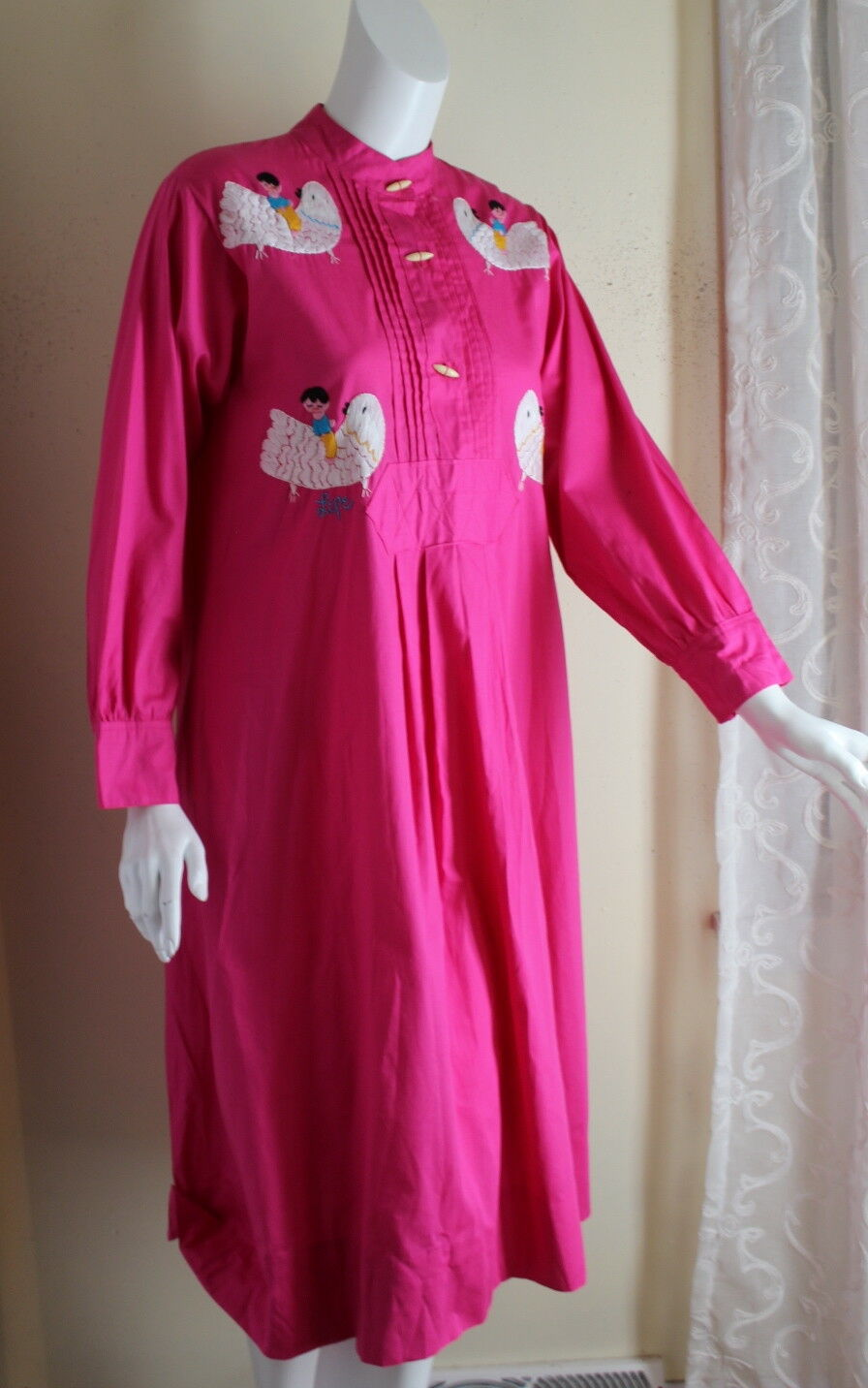 Vintage Dos Cabezas 1970s Art-to-Wear Pink Mexican Embroidered Shirt Dress S M