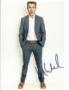 Max-Greenfield-Signed-Autographed-8x10-Photo-New-Girl-Star-COA-VD
