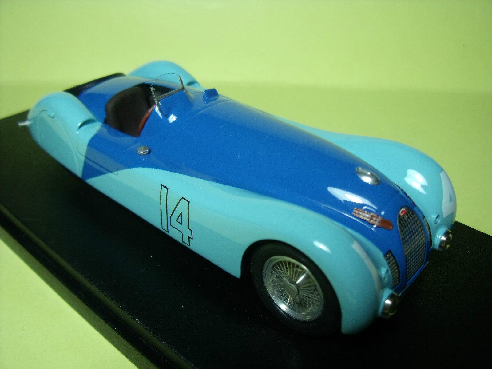 BUGATTI   57S 45  TANK   MONTHLERY  1937   VROOM   1 43  UNPAINTED  KIT