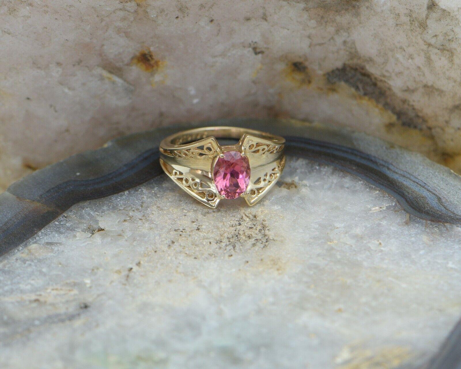 10K Yellow gold Pink Tourmaline Ring Circa 1990, Size 7