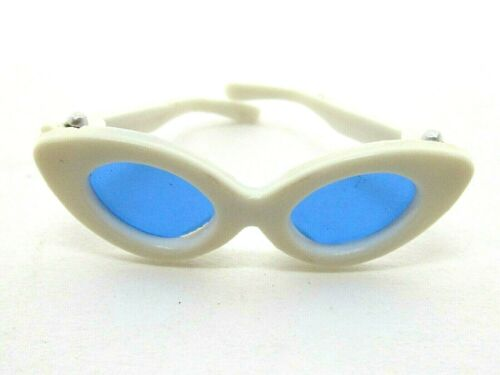 VINTAGE ORIGINAL 1960/'S MATTEL BARBIE CAT EYE SUNGLASSES NICE SHAPE