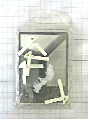 Accurato 4 Pz Angolari Per Esterno Bianco-grigio In Plastica New Pronta Consegna