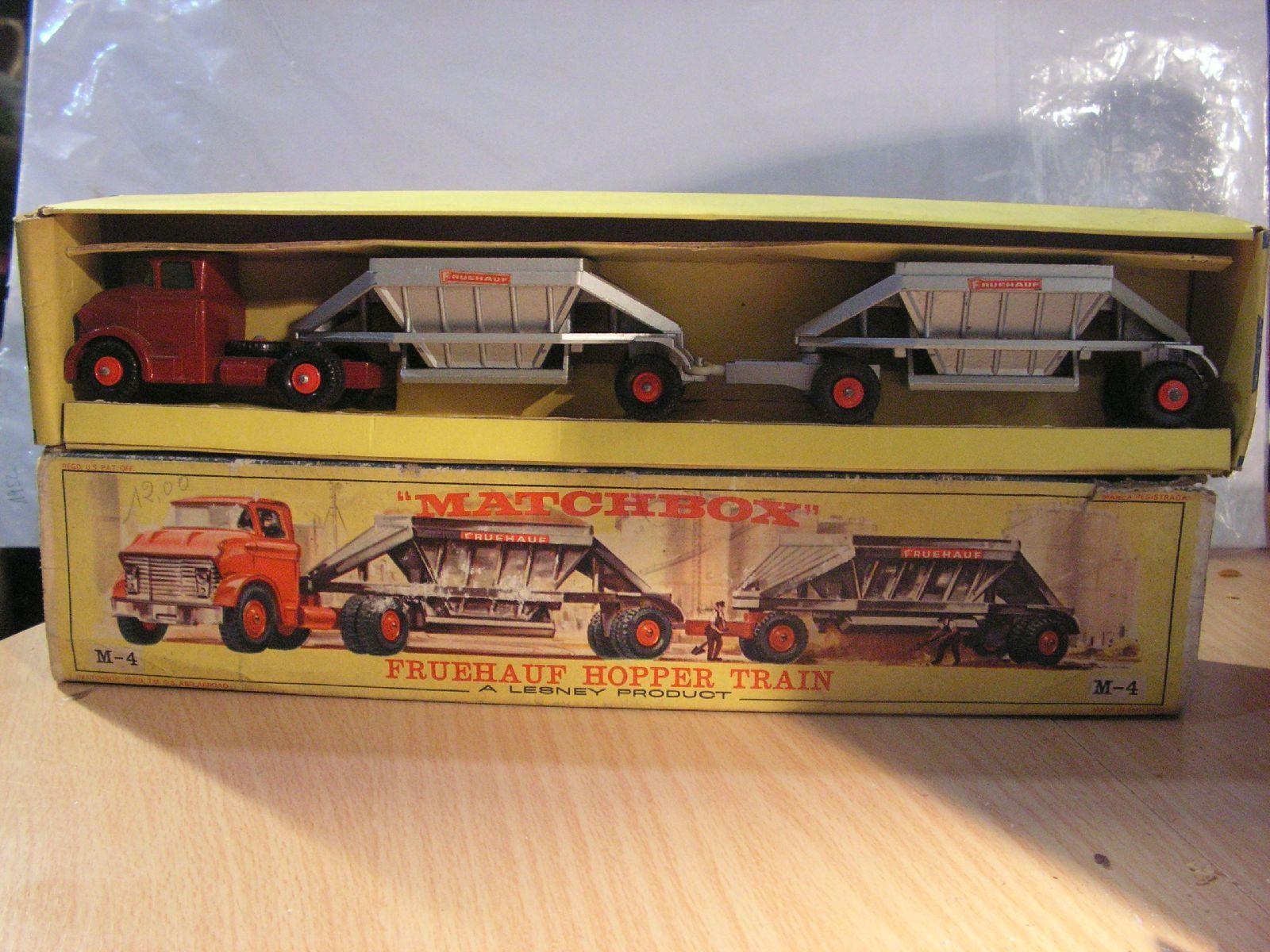 MATCHBOX major pack FRUEHAUF HOPPER TRAIN M-4