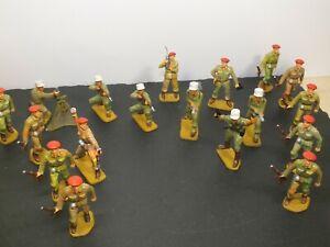 18 alte Starlux-Figuren, Soldaten /Fremdenlegion, Militär