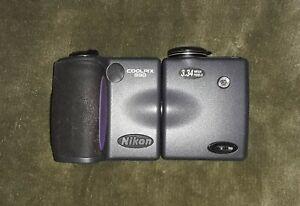 Nikon Coolpix 990 Digital Camera, 3.34 Mega Pixels