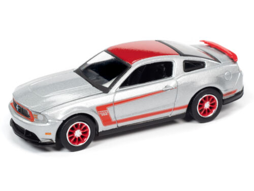 Auto World New Premium /'12 Ford Mustang BOSS 302 1:64th Scale Diecast Cars