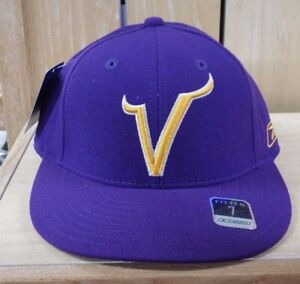 REEBOK MINNESOTA VIKINGS NFL FITTED HAT BLACK PURPLE YELLOW MEN SZ 7 ... 19181db53ea