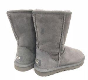 2de172aea16 Details about UGG Australia Women's Classic Short Grey Gray Boots Sheepskin  Suede 5825 sz 5