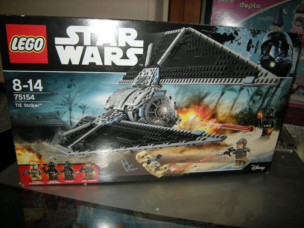 Lego Star Wars Tie Striker 8-14 ANS Nº 75154 neuf dans sa boîte