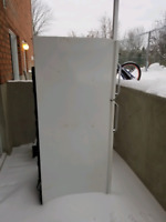 Frigo Buy Or Sell Refrigerators In Gatineau Kijiji Classifieds