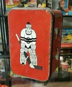 Antique-ALL-SPORTS-tin-Lunch-Box-OHIO-ART-1933-beautiful-hockey-goalie