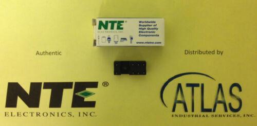 R95-132 SOCKET-DPDT 8-PIN SLIM LINE PC BOARD MOUNT 300V 12 AMP