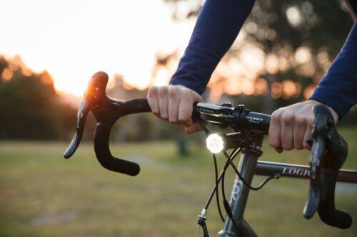 Knog Front Bike Light PWR Trail 31.8mm Ø 1000Lumens //5000mAh 22.2mm