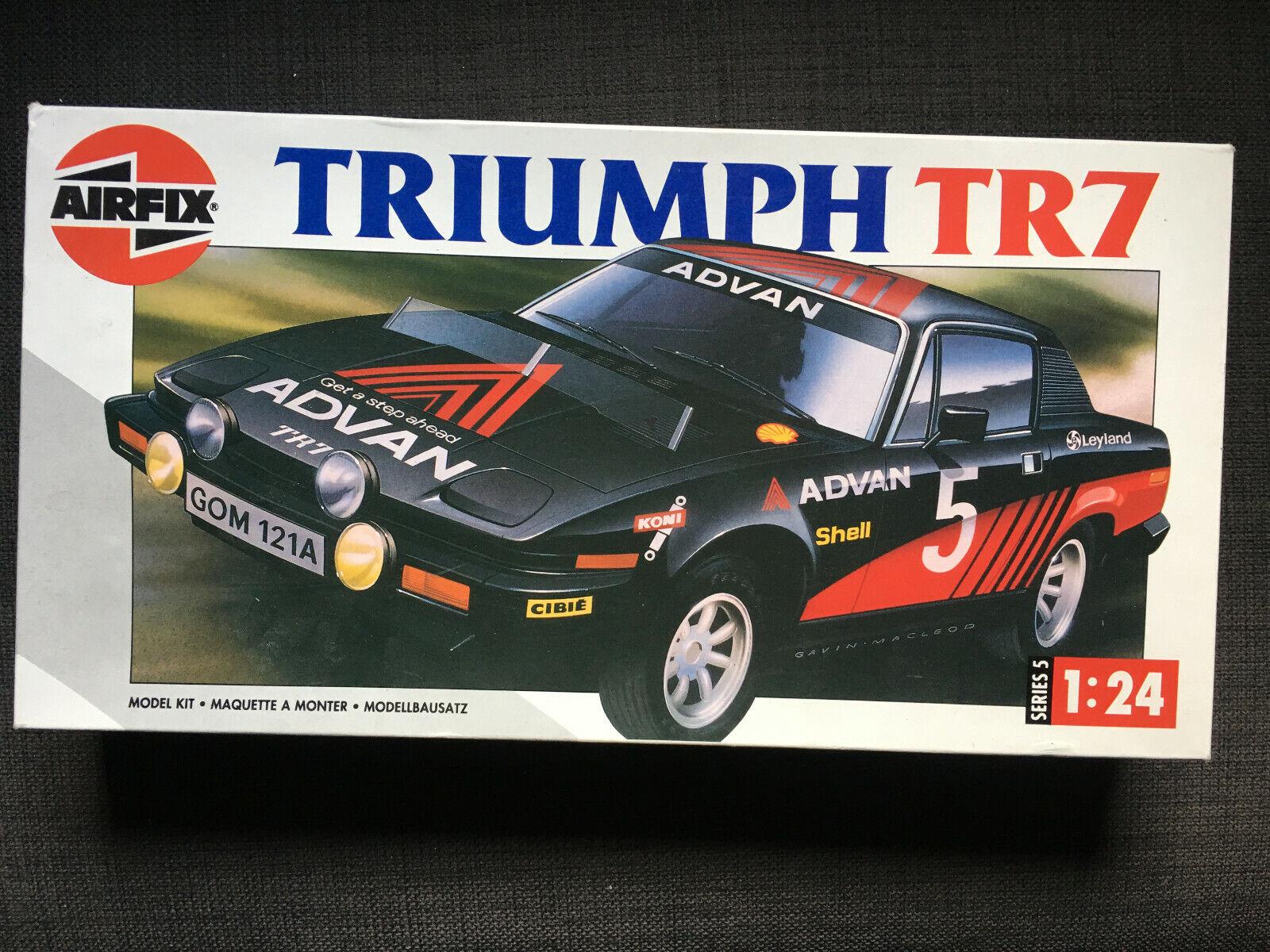 Rare Vintage (1992) Airfix 1 24 Triumph TR7 plastic scale model car kit + extras
