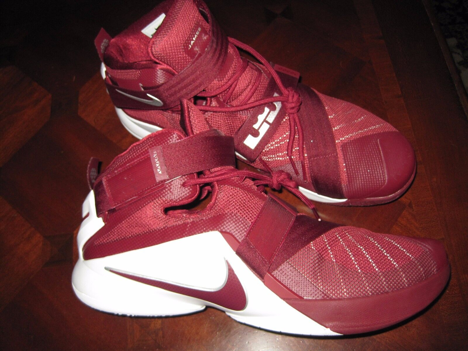 NIKE ZOOM LEBRON SOLDIER IX BASKETBALL SHOES CRIMSON 813264 663 MEN'S Price reduction Casual wild