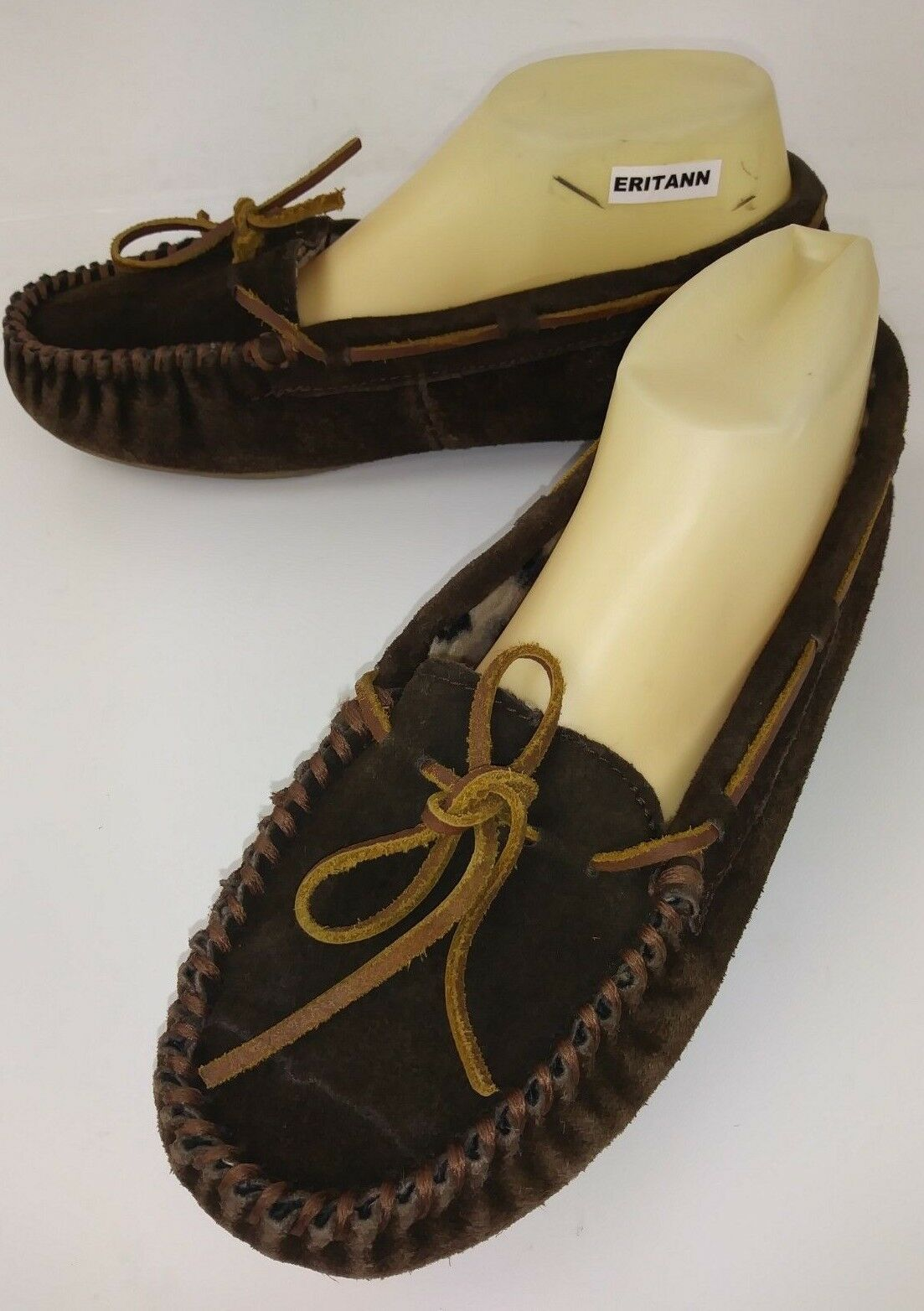 Minnetonka 40317 Wos Moccasin Slipper US10 Brown Suede Faux Fur Lined shoes 5921
