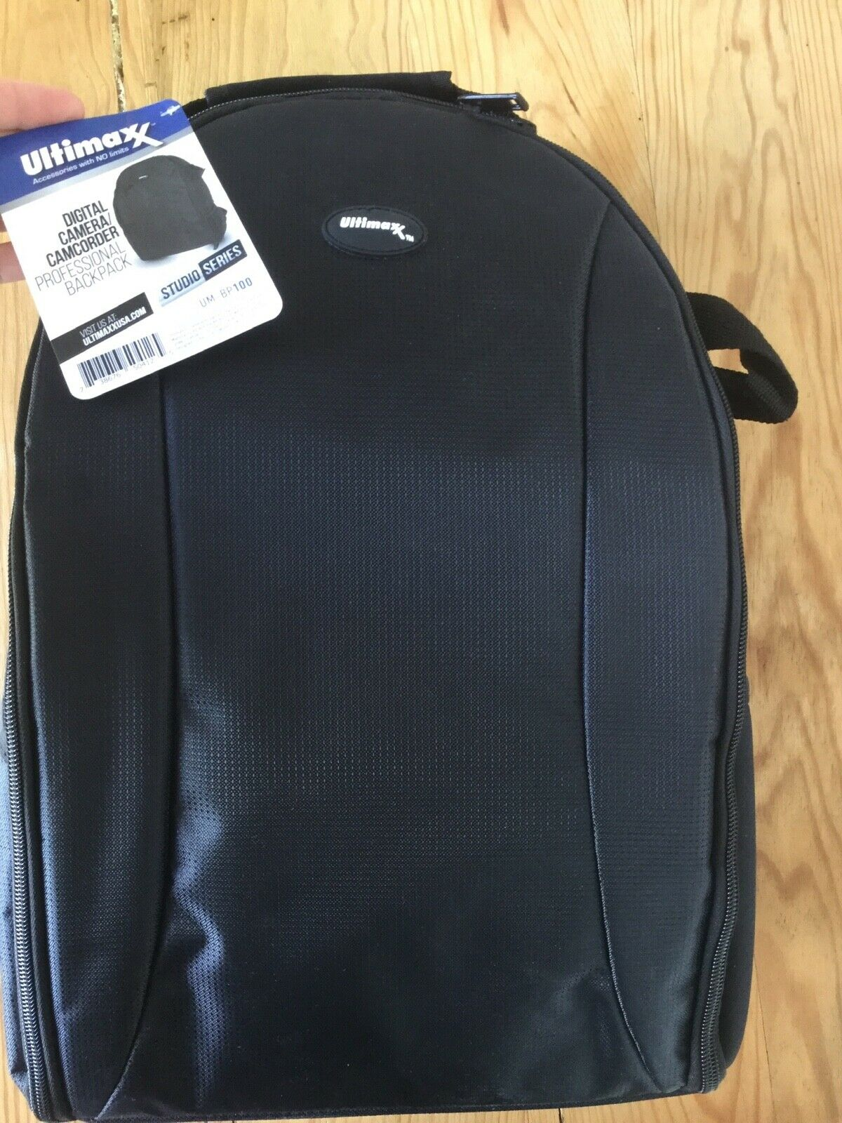 Ultimaxx Camera/Camcoder Proffesional Backpack UM- BP100 new with tags