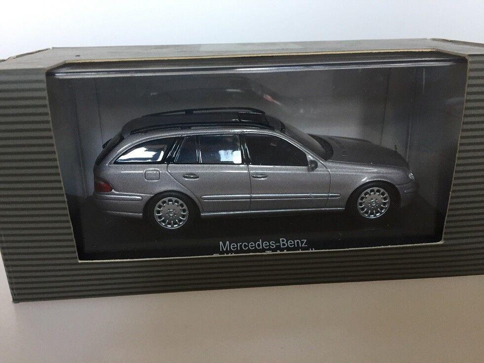 1 43 Minichamps Mercedes E -klasse T -modelllllerl W211