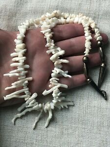 EXTREMELY-RARE-VINTAGE-NAVAJO-WHITE-ANGEL-SKIN-CORAL-STERLING-SILVER-NECKLACE