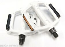 WHITE Wellgo Metal BMX / ATB / FIXIE Pedals - 9/16 (3 Piece Crank)