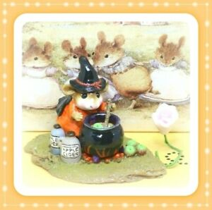 Wee-Forest-Folk-M-215-Something-039-s-Brewing-1996-Orange-Halloween-Witch-Mouse