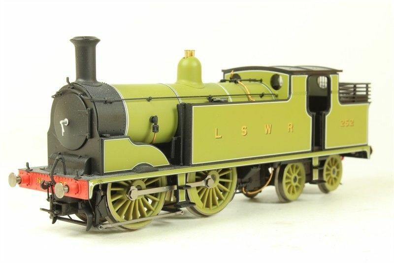 OO Gauge Hornby R2678 LSWR 0-4-4T M7  252 Collector Centre  469 of 1200 BNIB