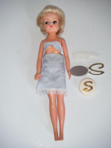 Vintage 1980s Sindy Dolls