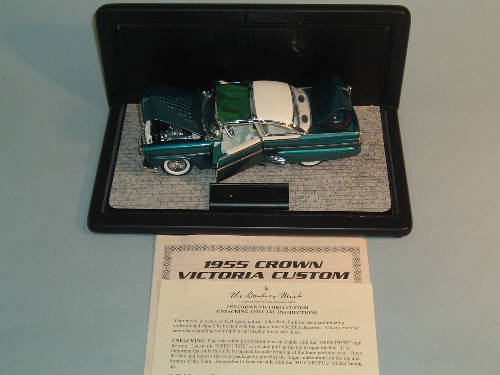 1955 FORD CROWN VICTORIA TURQUOISE DANBURY MINT