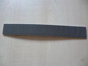 300-m-Rehau-ABS-Kante-23x2-mm-lichtgrau-schwarz-gestreift-fuer-den-Profi