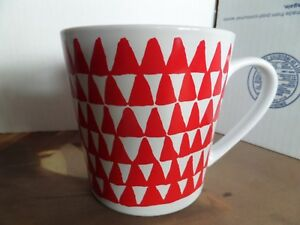 Red Christmas Trees 14 Details Starbucks Mug Triangle 2016 About Oz 2 Homeoffice Large Coffee 8nOwXP0k