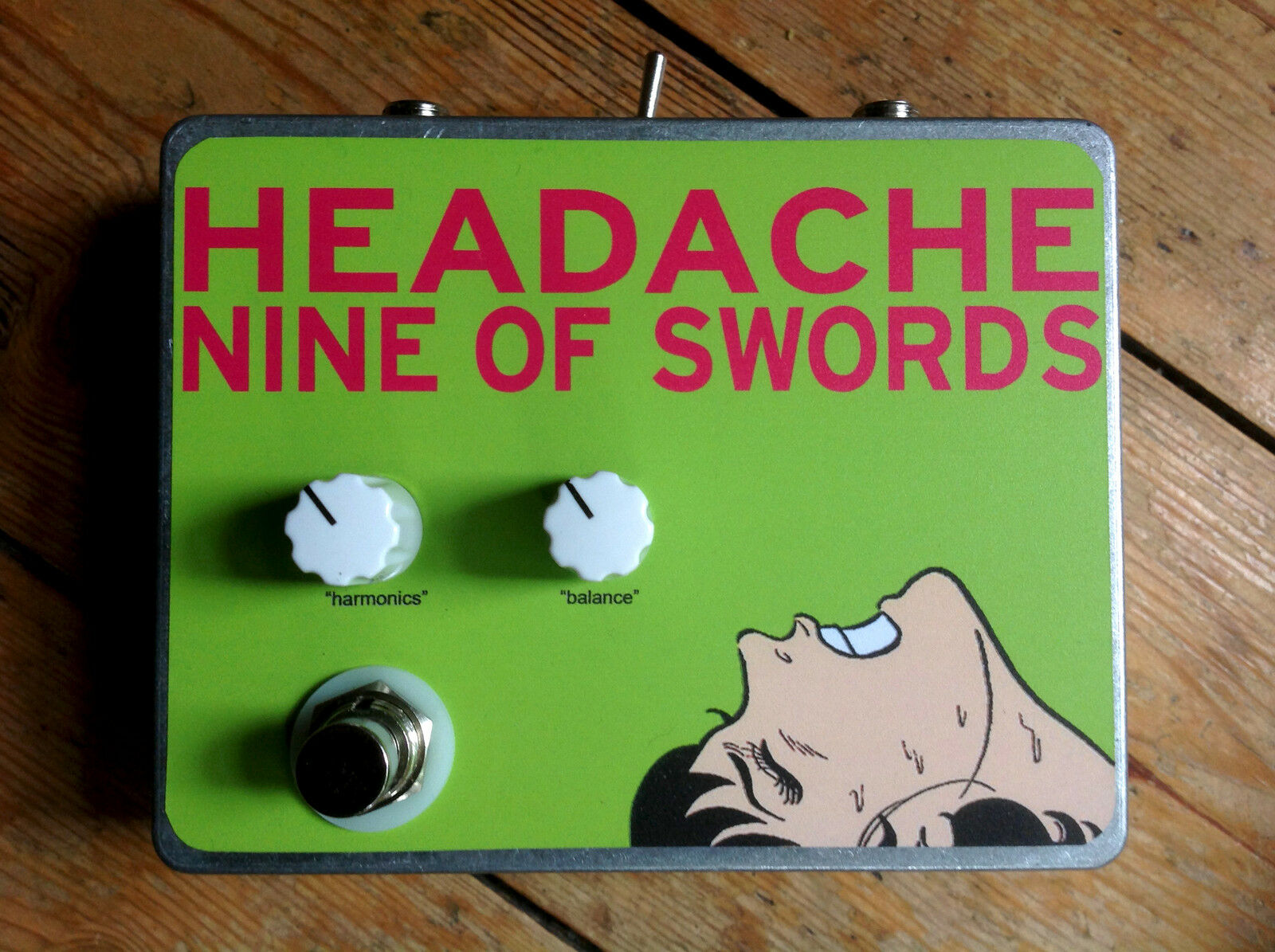HEADACHE Harmonic Percolator - Nine of Swords Effects. Handcrafted in the UK.