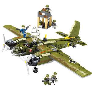 DE-Ju-88-Bomber-Modell-Bausteine-mit-Mini-Soldat-Figuren-Flugzeuge-Spielzeug
