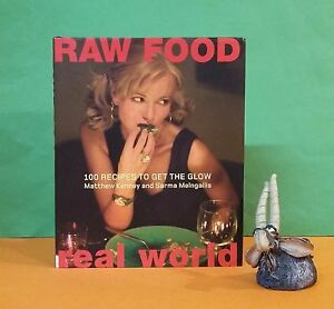 M-Kenney-Raw-Food-Real-World-100-Recipes-To-Get-The-Glow-vegetarian-food