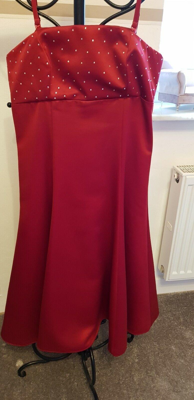 Abendkleid Ballkleid Kleid Peek & Cloppenburg Mariposa Corsage Gr. 38 neuwertig